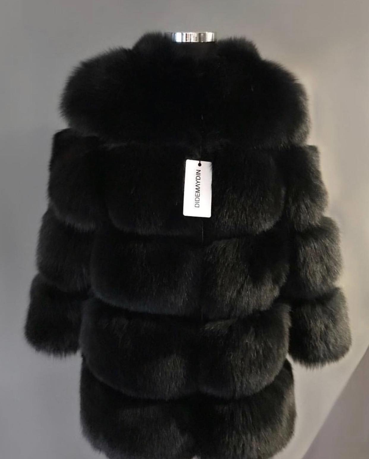 DIDEMΛYDIN Siyah Tilki Kürkü